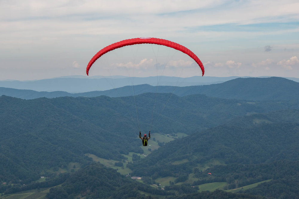 paragliding-tater-hill-north-carolina.jpg