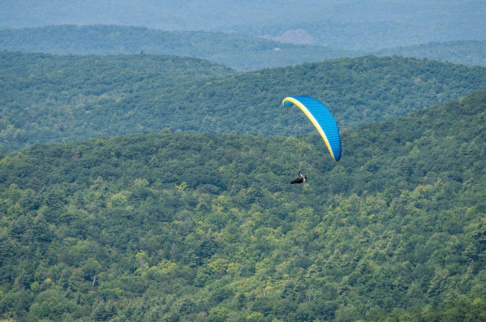 ryan-dunn-paragliding-west-rutland-vermont.jpg