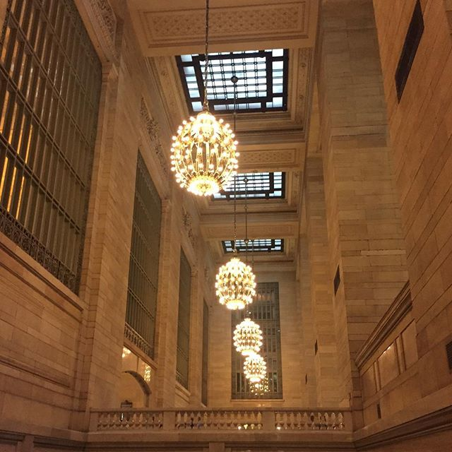 Grand Central Station is so beautiful 🕯  #blogger #bloggerpals🌹 #lbloggers #bbloggers
