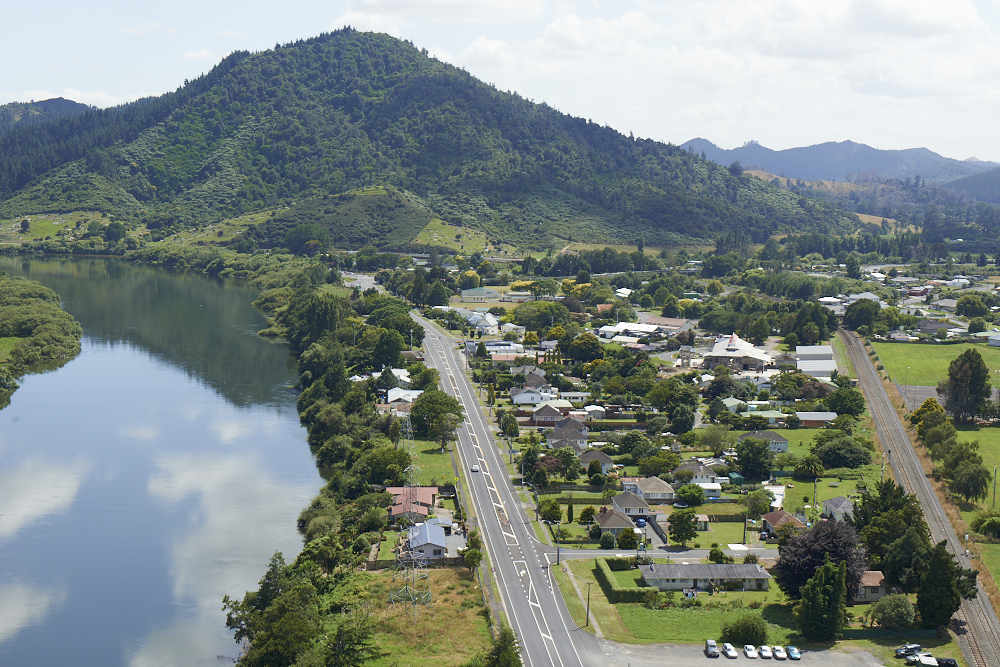 Taupiri is a small north Waikato settlement on the eastern bank of the Waikato River, north of the town of Ngaruawahia and 8.5km south of Huntly.