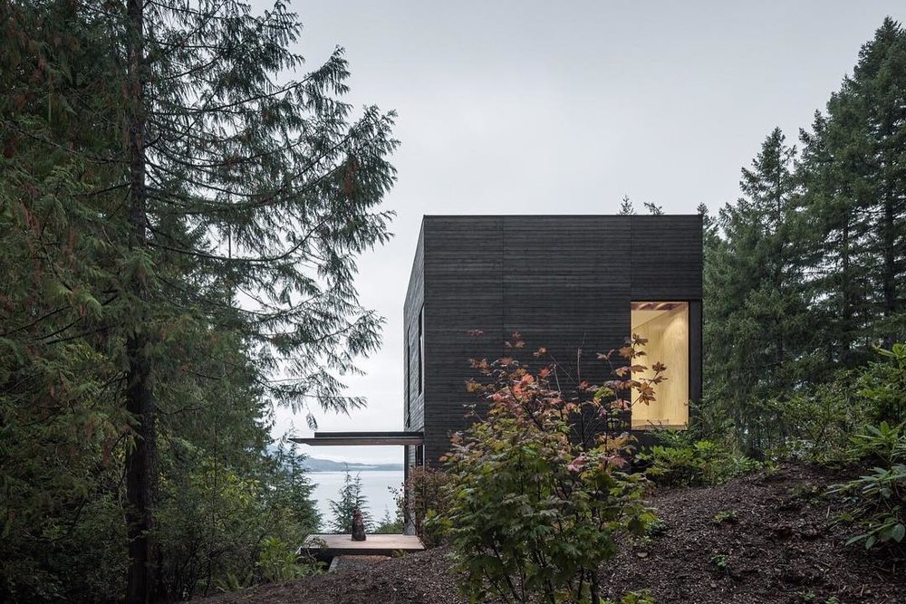 Design guidelines ensure environmental and cultural continuity and prescribe the use of better materials such as locals timbers.