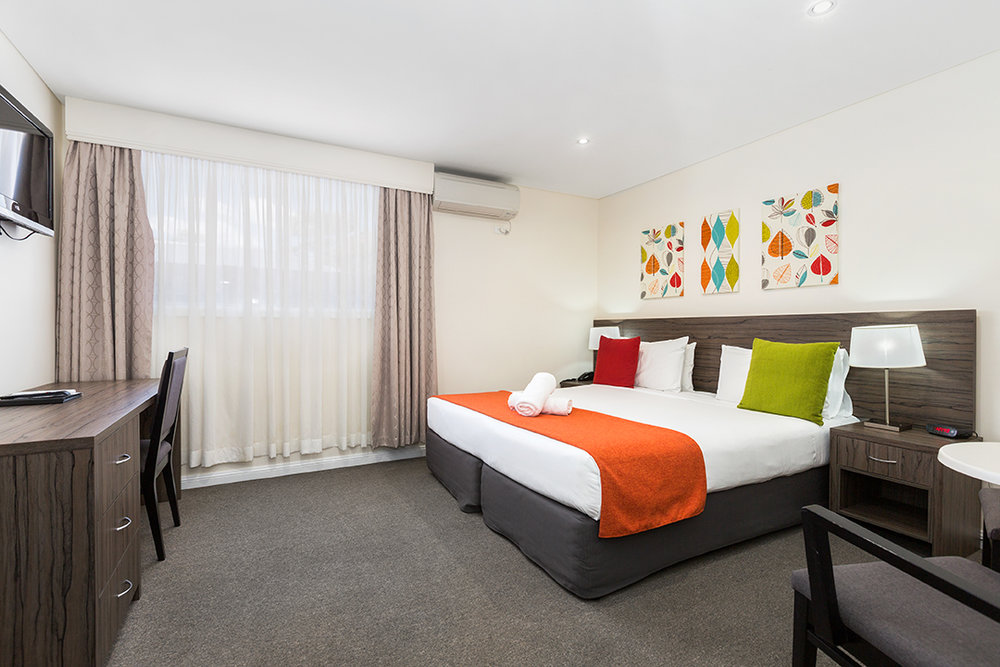 Comfort Inn Aden - Comfort Inn Aden Mudgee 3 nights accommodation, continental breakfast and return airfares.  Comfort Inn Aden Mudgee is located for your convenience—within minutes from the town centre, wineries, museums, national parks and other popular attractions. There is an outdoor pool and BBQ area where you can enjoy a refreshing swim or cook your own dinner.The on-site restaurant Palate Mudgee, specialises in modern Australian cuisine. Let our Chef Jo treat you to a great meal while you enjoy our wide range of local wine and beer.ex Sydney $378 per person twin share             ex Newcastle $538 per person twin share★★★★