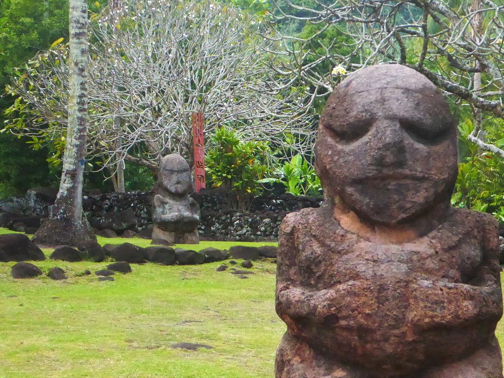 Guardians at Marae Arahurahu