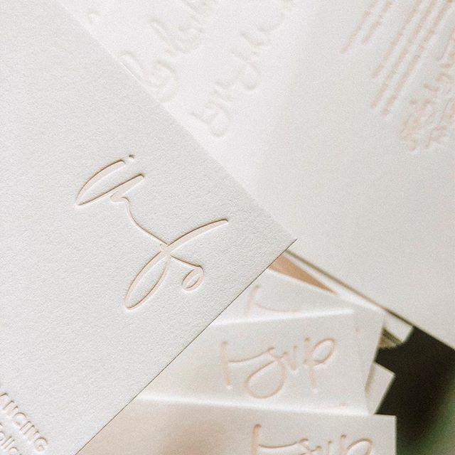 so letter impressed ☁️ • • • • • #seattlecalligrapher #weddinginspo #seattleweddingcalligrapher #stationerylove #stationery #moderncalligrapher #moderncalligrapher  #weddingenvelopes  #handlettering #adventurebride #letterpress #blush #cardsandpockets #weddingenvelope #dailydoseofpaper