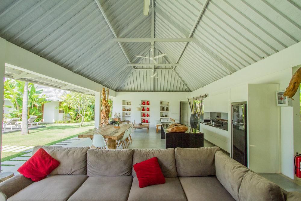 3 bedroom villa living room