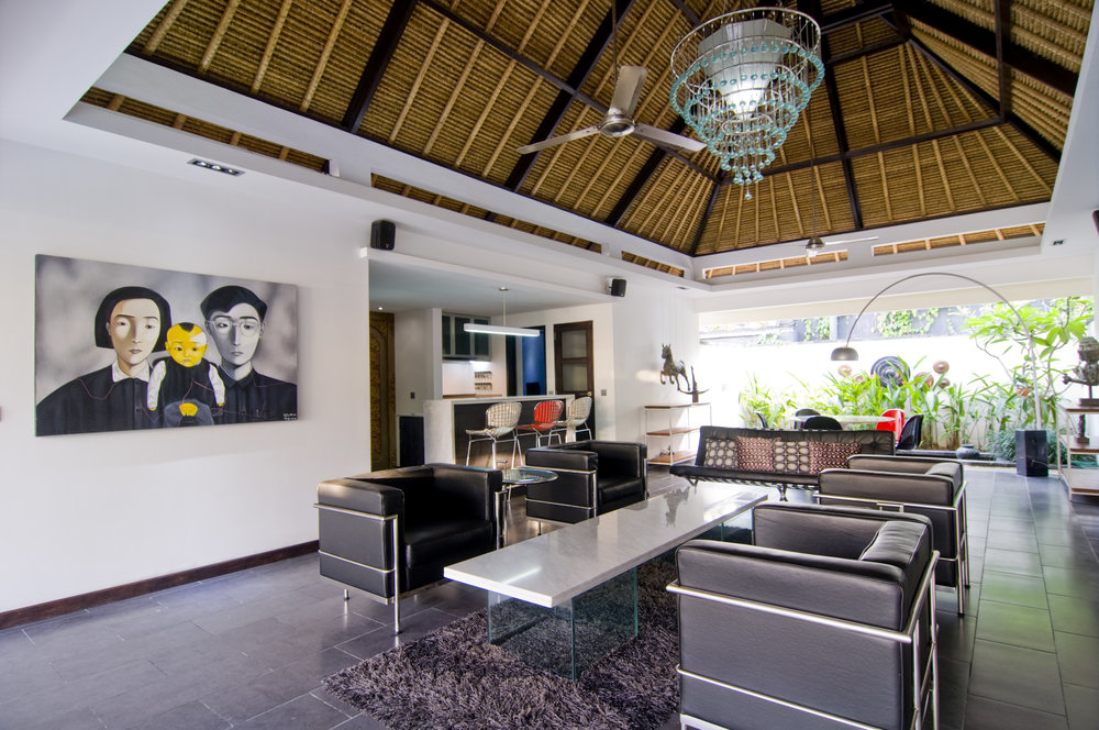 2 bedroom villa living room