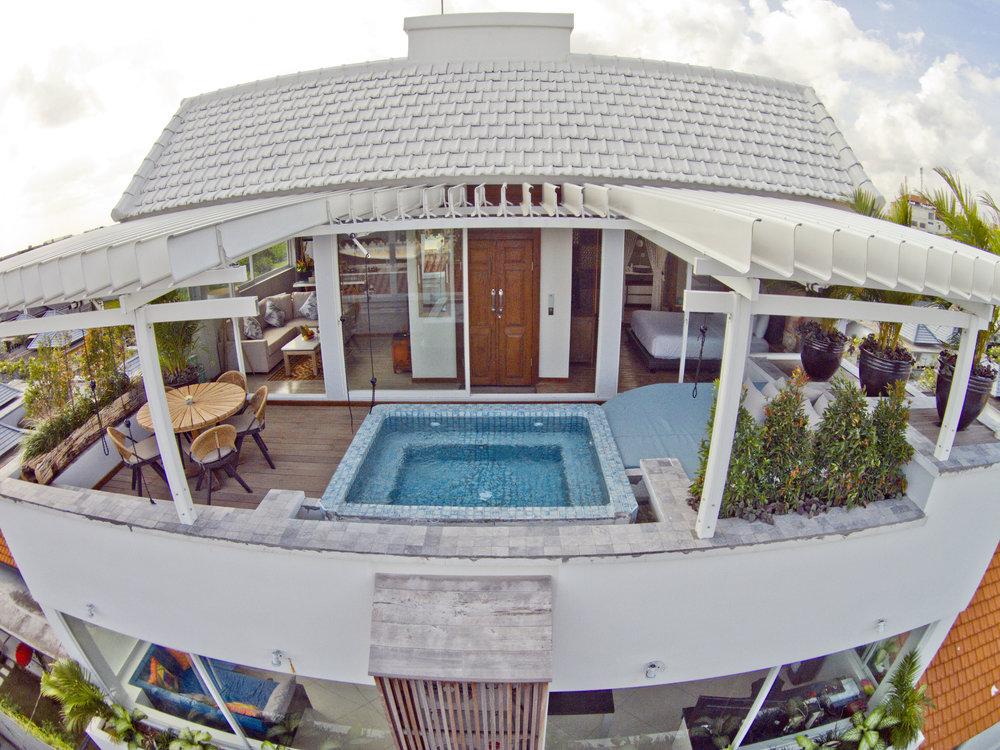 Superbe penthouse sur le toit avec 1 chambre parfaitement située dans le centre-ville !
