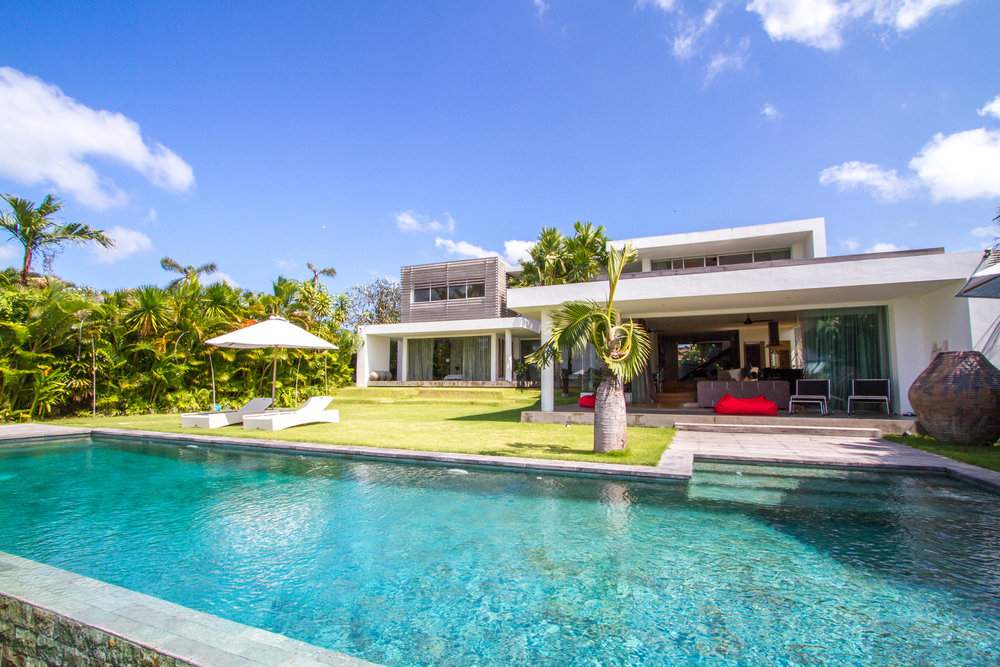Villa cachée et moderne avec vue imprenable sur les rizières !