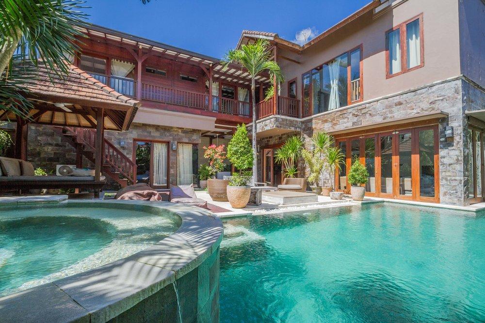 Villa moderne avec 5 chambres, idéale pour des vacances avec un groupe d'amis !