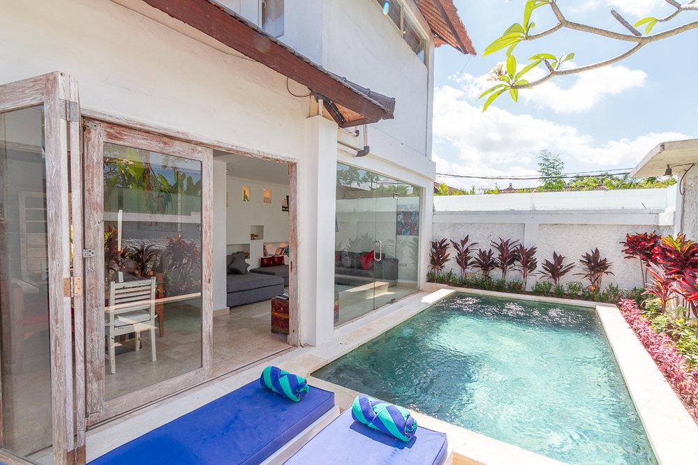 A quiet 2 bedrooms villa located in the heart of Kerobokan.