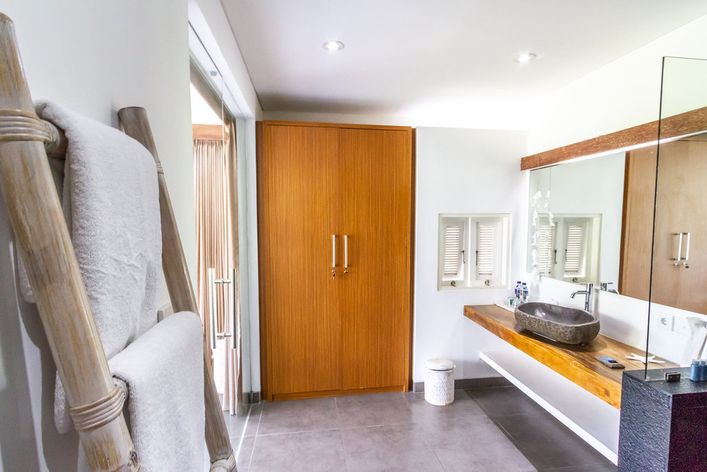 Villa Paloma Seminyak Bali - Bathroom