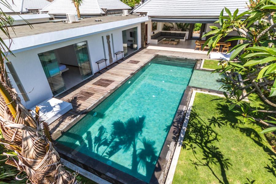 Cette villa design serait absolument incroyable pour votre voyage en famille ou entre amis !