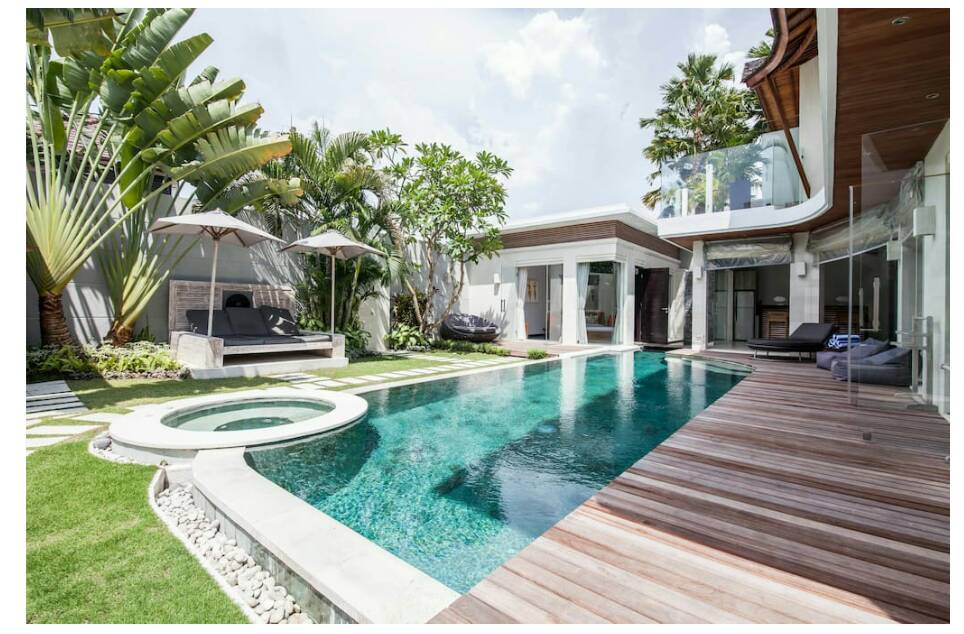 Villa K is a big villa with 3 bedrooms and a lot of character and modernity