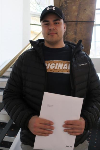 Minik Stidsen Professionsbachelor i Bygningskonstruktion fra University College Nordjylland. Modtog ved dimission UCN Teknologi prisen.