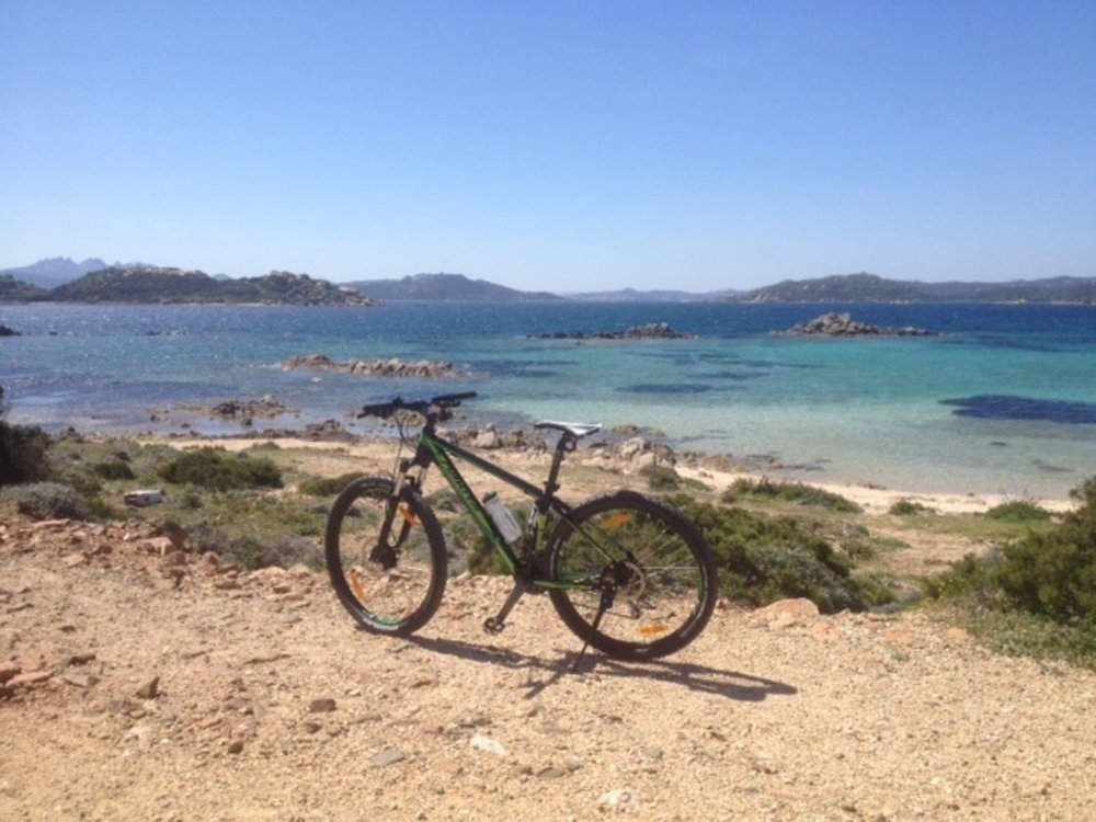 Wide choice of  mountain bikes  for those who have an adventurous mind and love to tackle more difficult paths, between sand and rocks, while breathing inebriated the myrtle and rosmary scents that characterize our beloved Sardinian land.