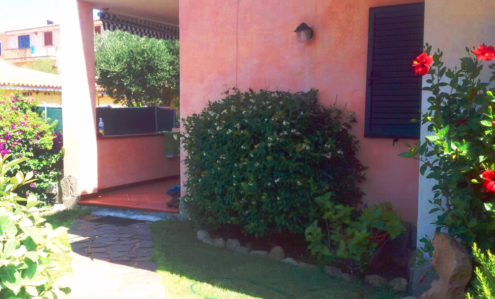 Appartamenti Barrabisa      Loc. Barrabisa 07020 Palau (OT)  Tel. +39.334.12.00.880