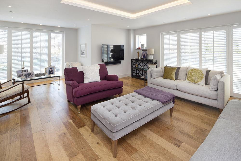 Living room at Hernes Crescent.jpg