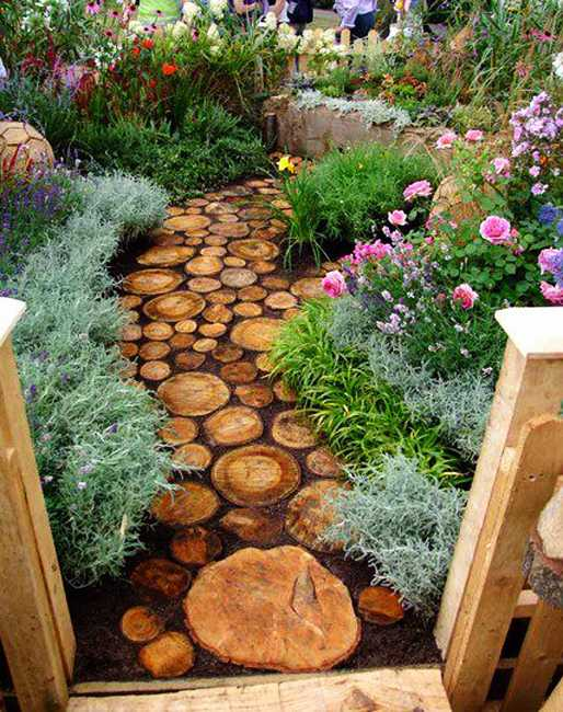 photo via: Lushome Backyard Design