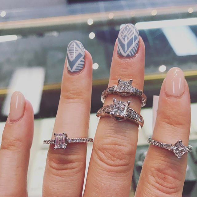 Princess cuts for days, oh and an emerald for the girls with the edge. 💅🏻 by @chantel_penney @sagespasalon #diamonds #princesscutdiamond #princess #whitegold #rings #sparkle #engagement #jewellery #shoplocal #nailedit