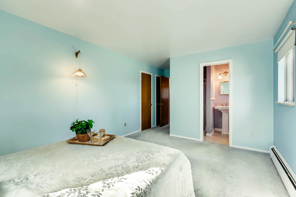 1655 S Monaco Parkway Denver-print-014-21-2nd Floor Master Bedroom-2700x1799-300dpi.jpg