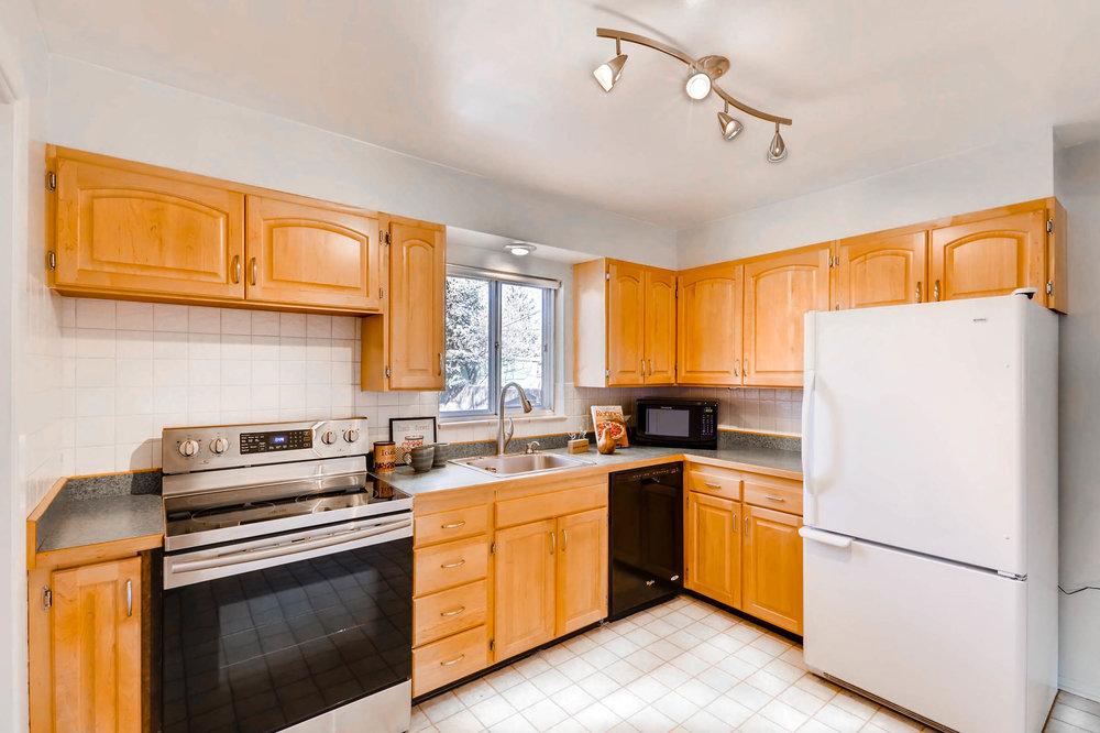 1655 S Monaco Parkway Denver-print-009-20-Kitchen-2700x1799-300dpi.jpg