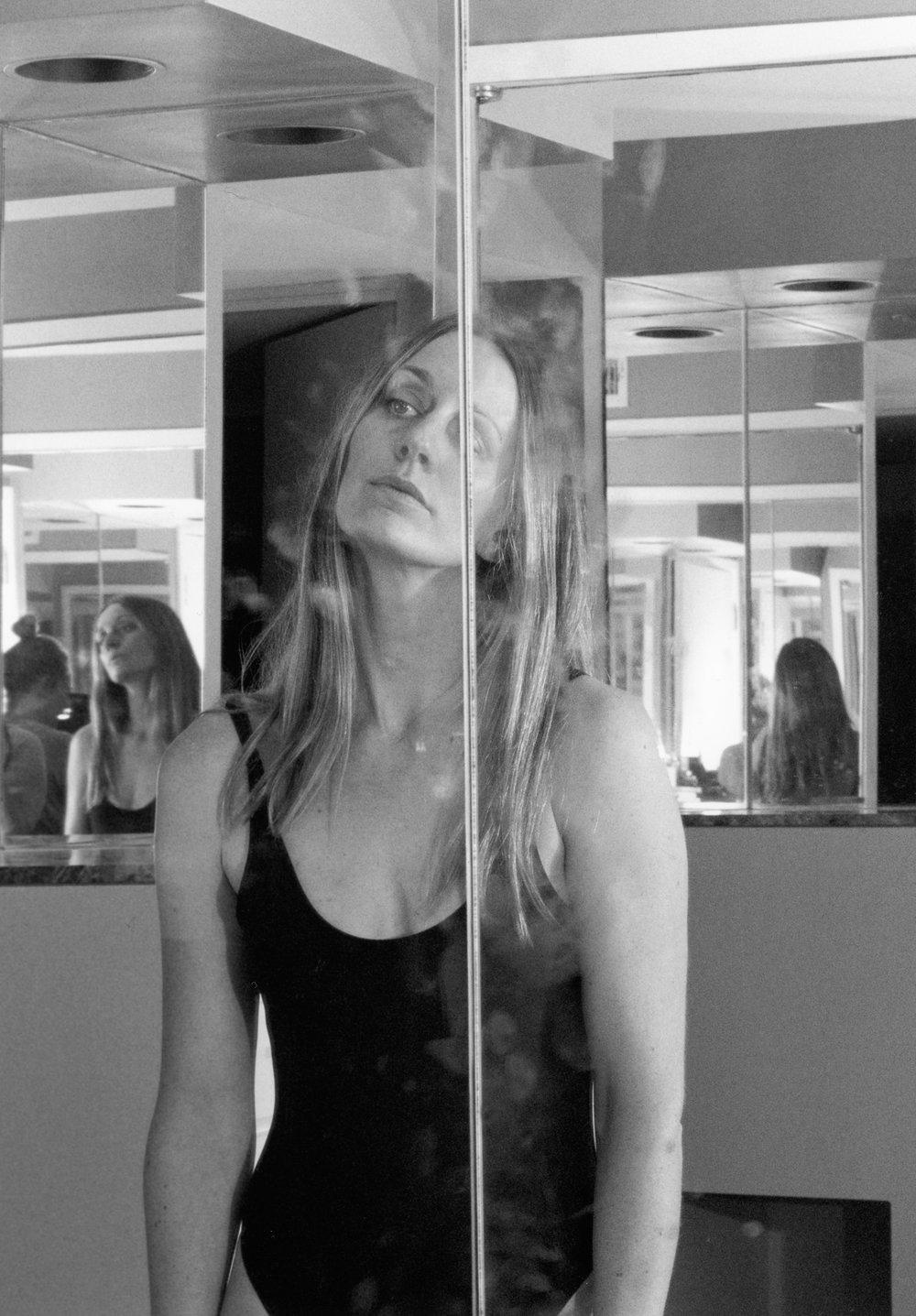 c in mirror223_web.jpg