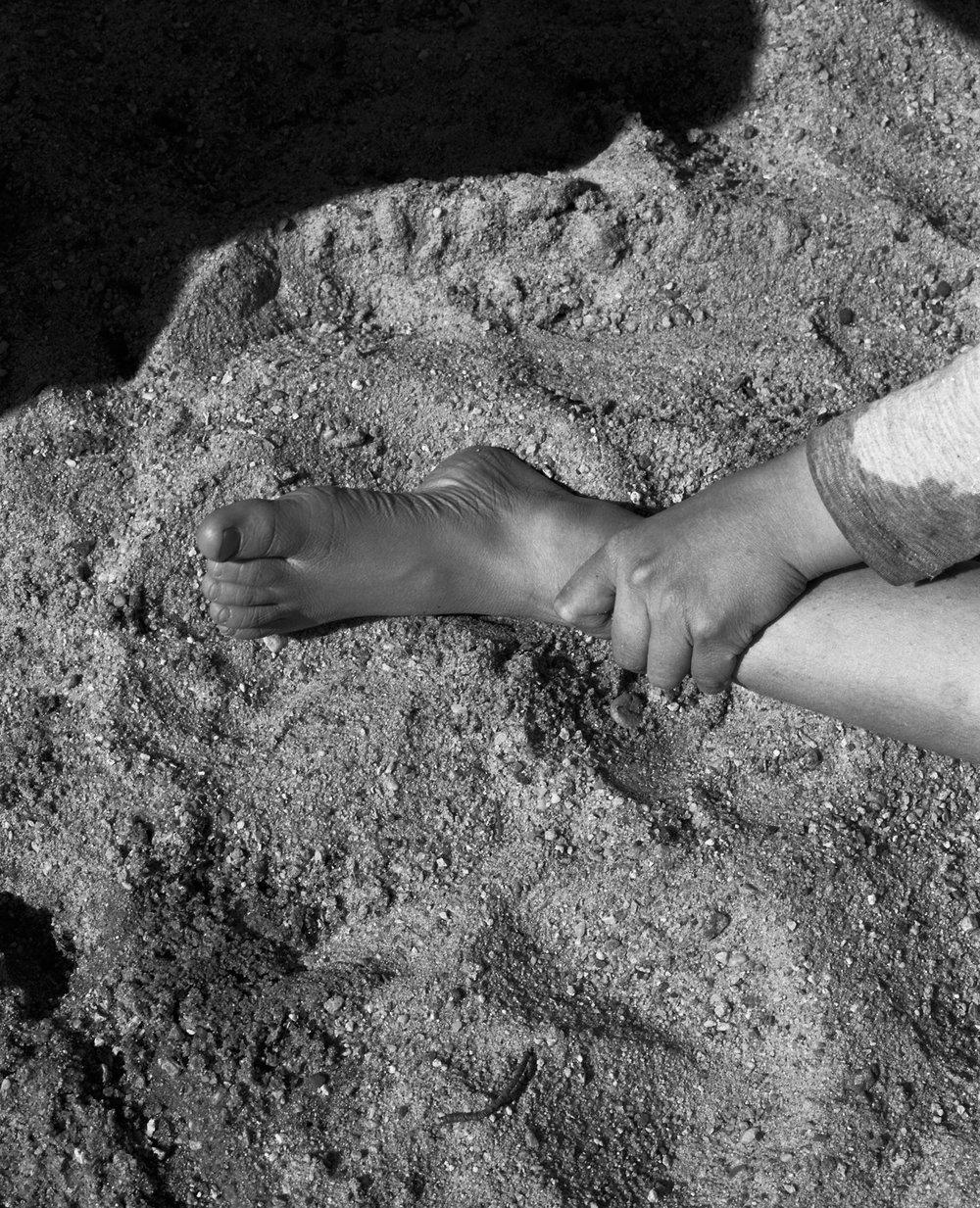finn foot123_web.jpg
