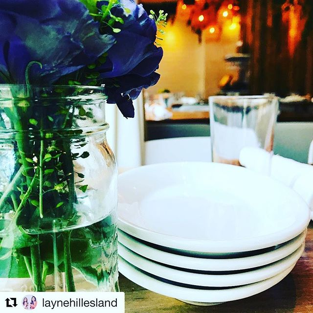 Today is the day to brunch at @emachicago #Repost @laynehillesland (@get_repost) ・・・ What a beautiful day to #brunch @lettuceentertainyou @lettucelife @emachicago