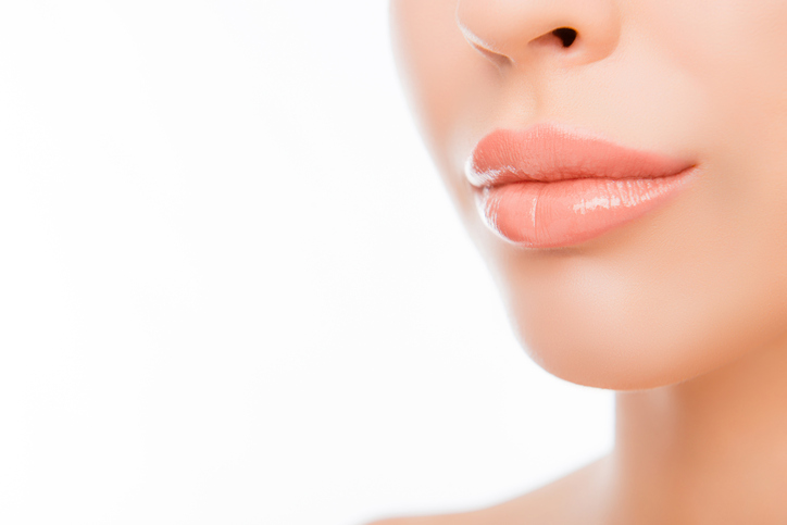 woman's-lips-with-natural-make-up-on-white-background-621893022_726x484.jpeg