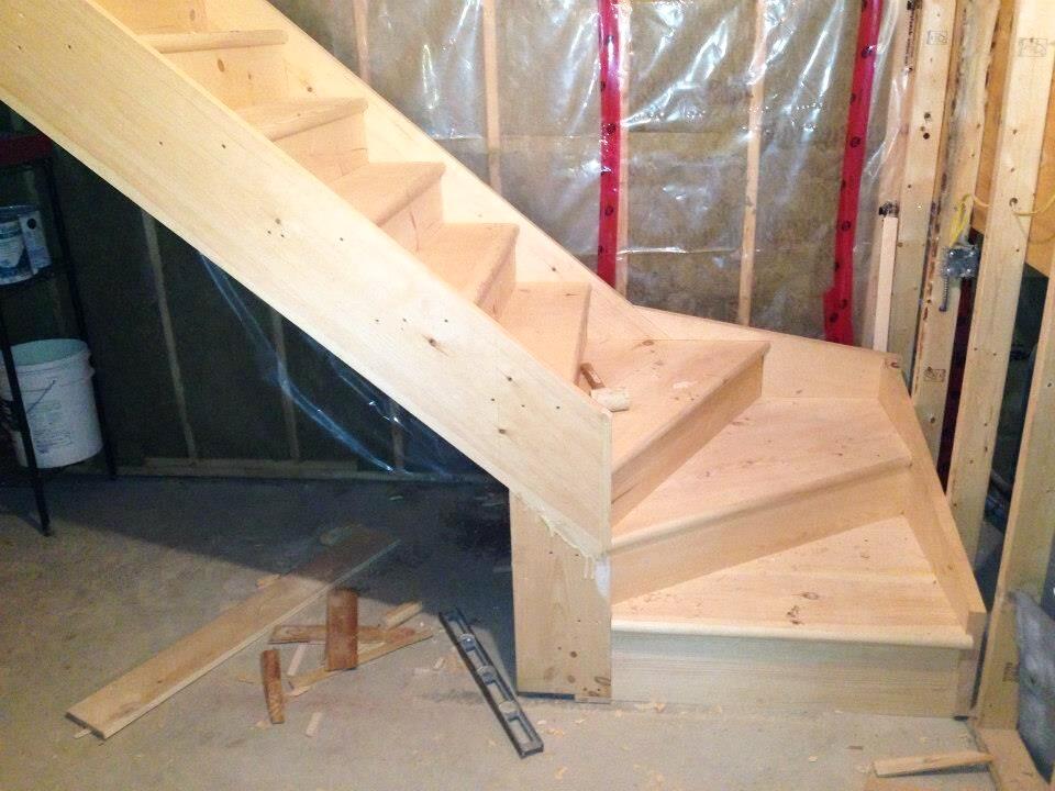 millwork-winder+staircase.jpg