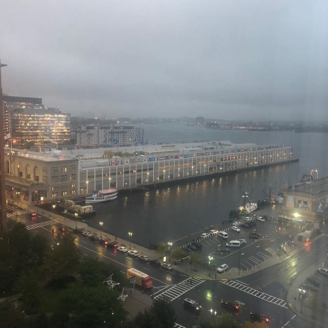 Room with a view. Nice way to start the Boston trip with @spindiva #bostonfallmarket see you tomorrow @theo_decor_boston