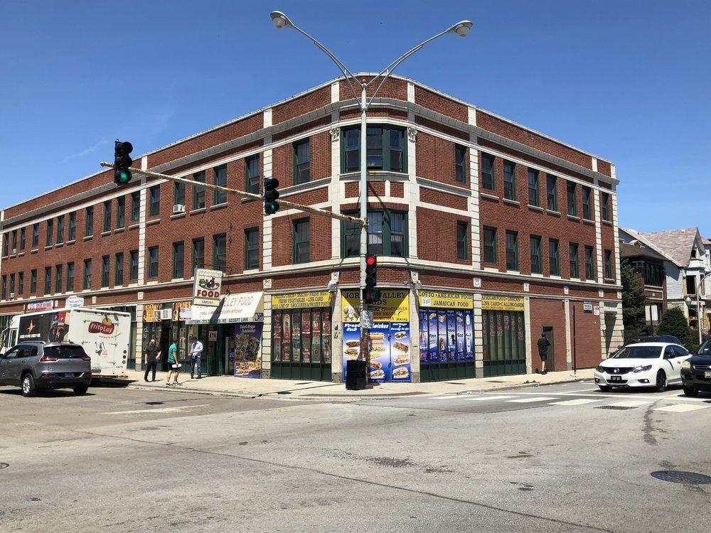 7248 South Jeffrey, Chicago | 34 Units