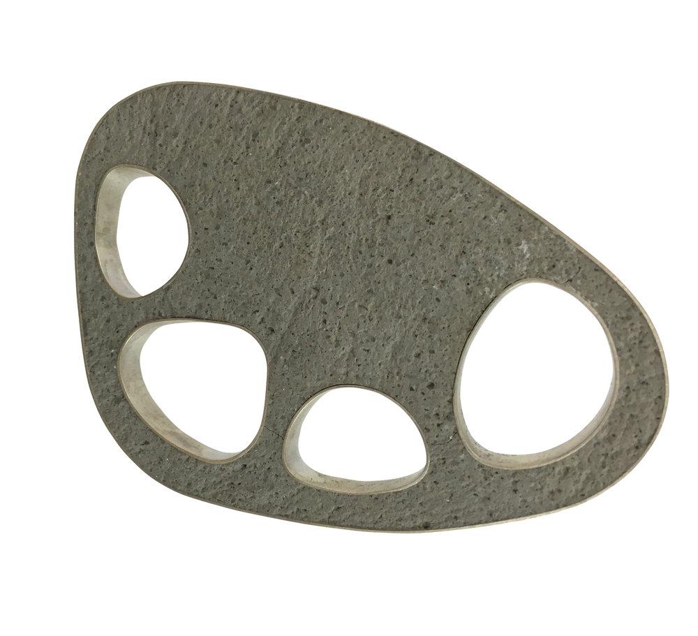 4 Holes Pin