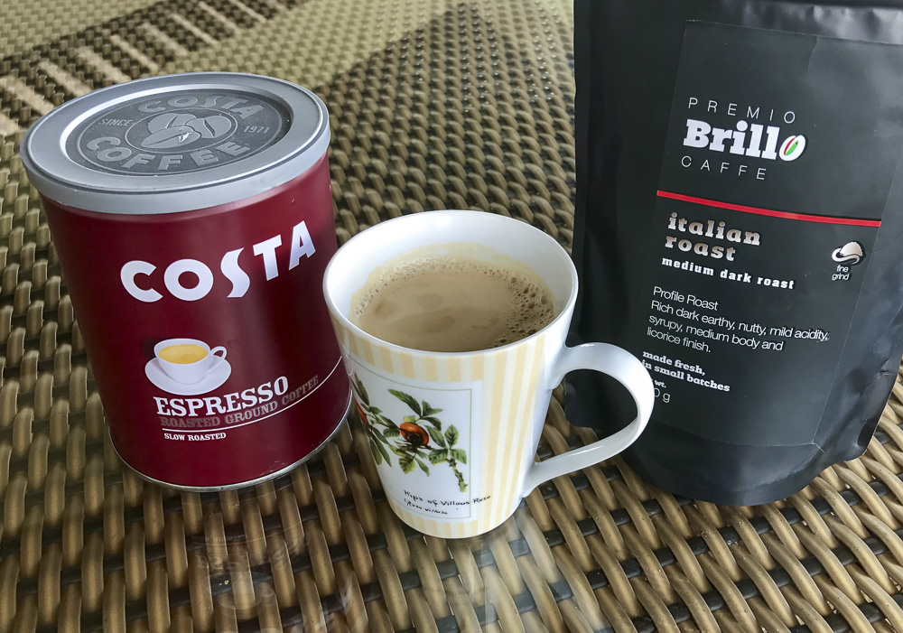 My 'old' coffee on the left, and my 'new' coffee on the right, with a cup of freshly made 'Brillo' coffee in the middle.