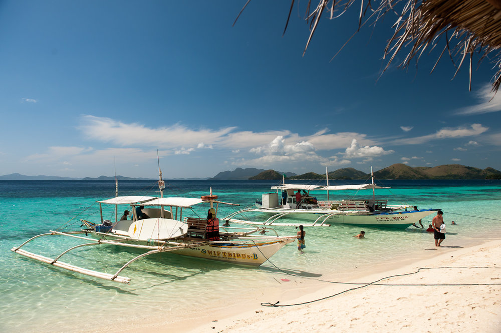 Island hopping around Coron, Palawan. Image:  © David Astley