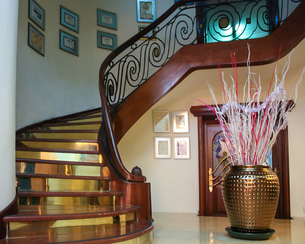 The staircase at the Majestic Hotel.   Image:   © Alan Williams
