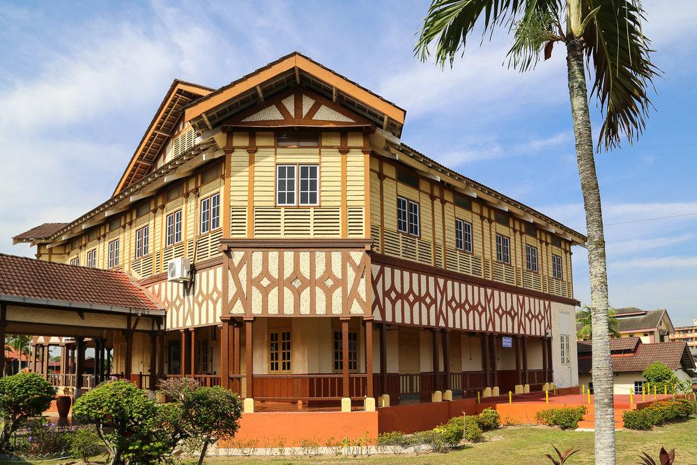 The well-preserved hospital in Batu Gajah. Image:  © Alan Williams