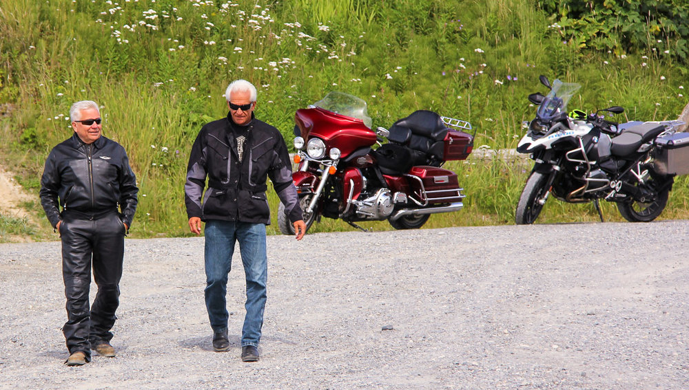 Boomers getting off the beaten track in style. Image:     Rudy Anderson