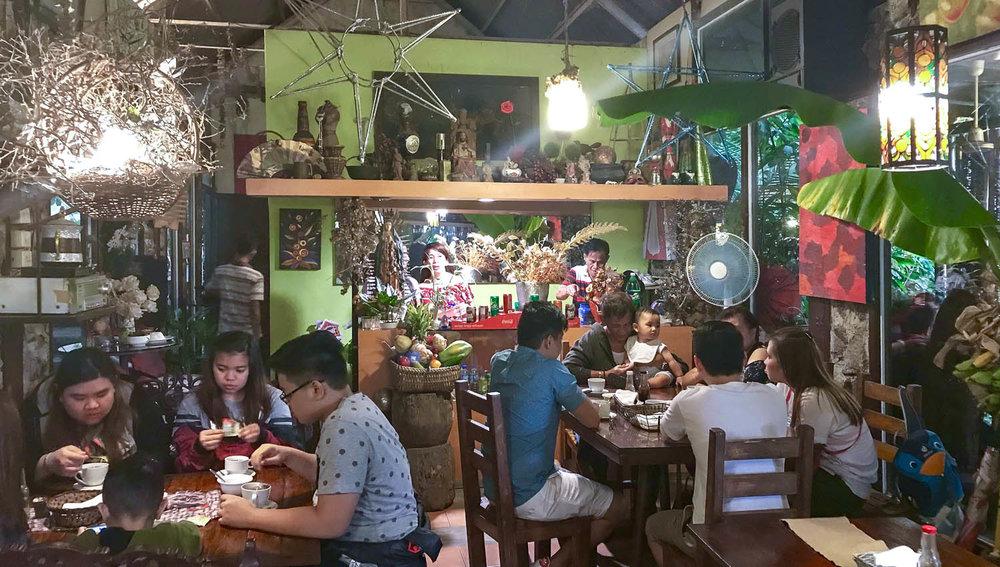 The Park, Rest and Dine café near Pinugay. Image:  © David Astley
