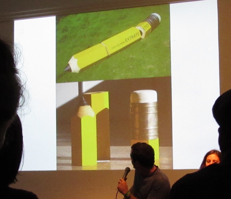 Jorge Wellesley at RU, discussing his work Extratext, 2008 Photo: Cuban Art News