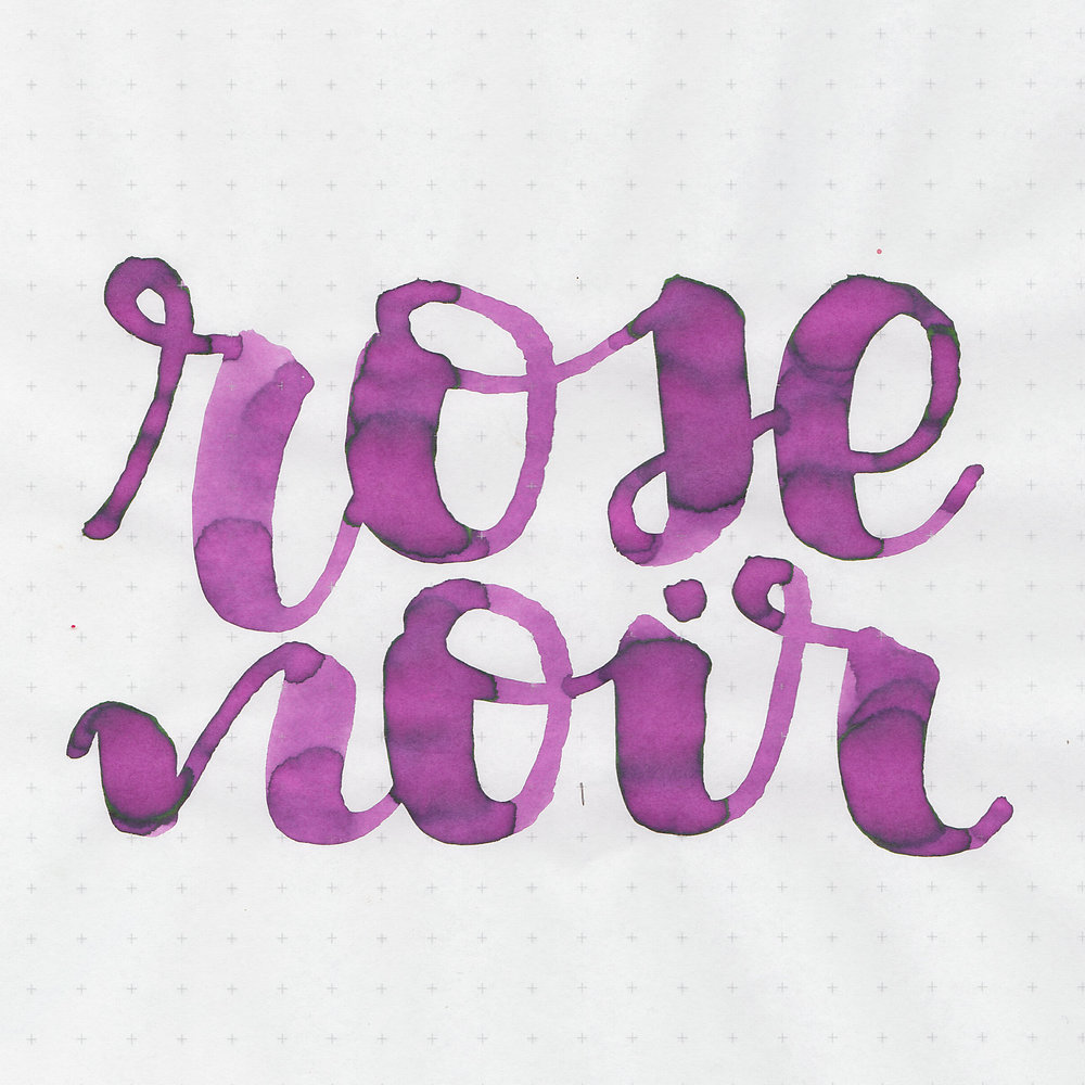 mv-rose-noir-2.jpg