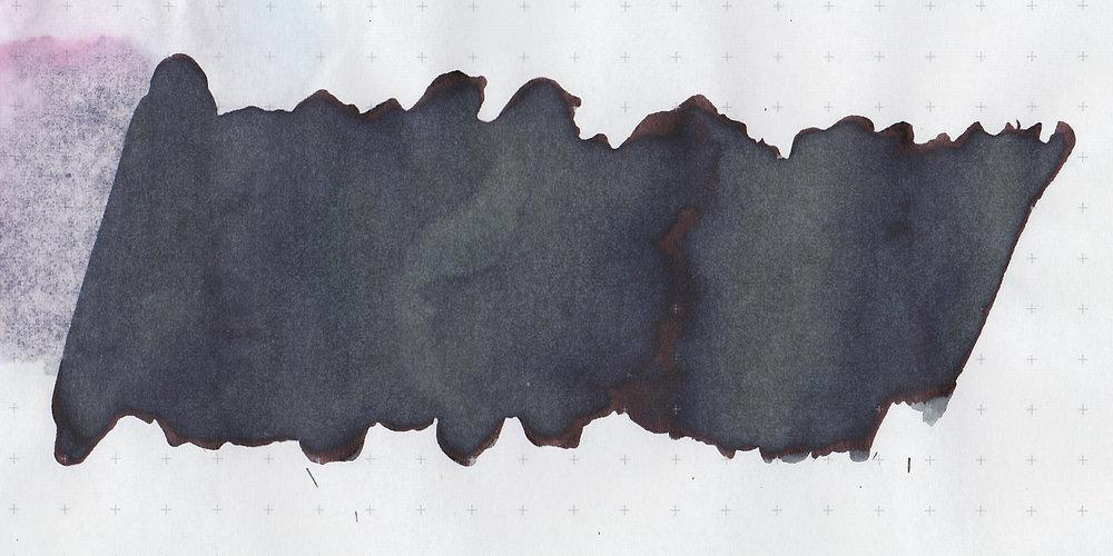mv-azure-noir-3.jpg