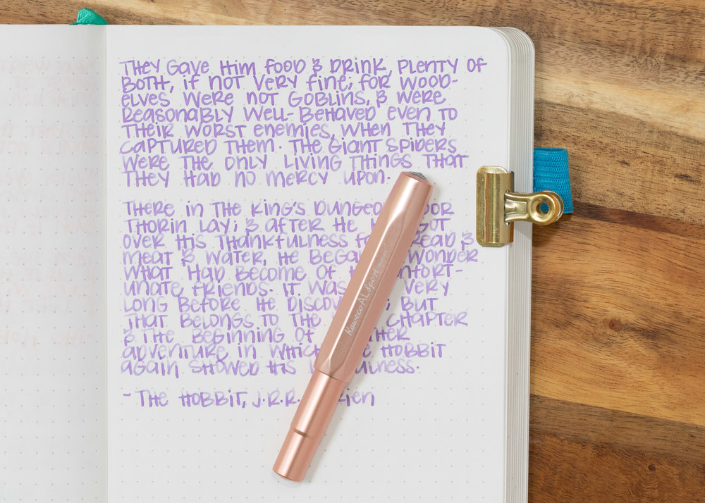 I used a broad Kaweco Al-sport Rose Gold on an ivory Hippo Noto Notebook. I love this pen by the way, it's gorgeous and amazing. The ink had a slightly wet flow.