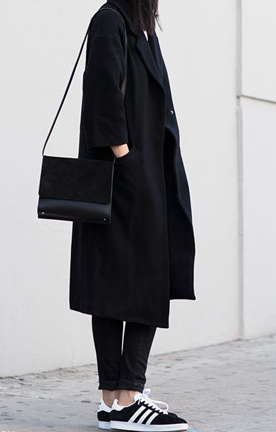 de7c38e80a268e8fd37ade6b20bf6ac3--all-black-outfit-black-outfits.jpg