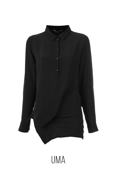 camisa-preta-uma.jpg