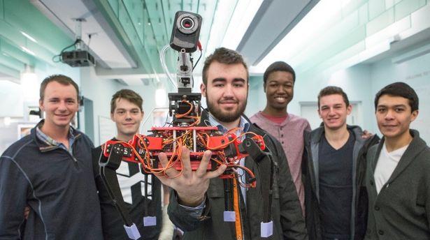 Harvards-BB-shooting-robot.jpg