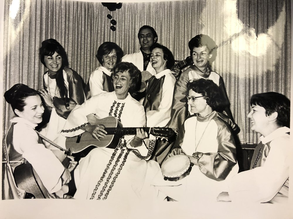 The Mother Folkers - 1969 (Mom is in last row, upper right)