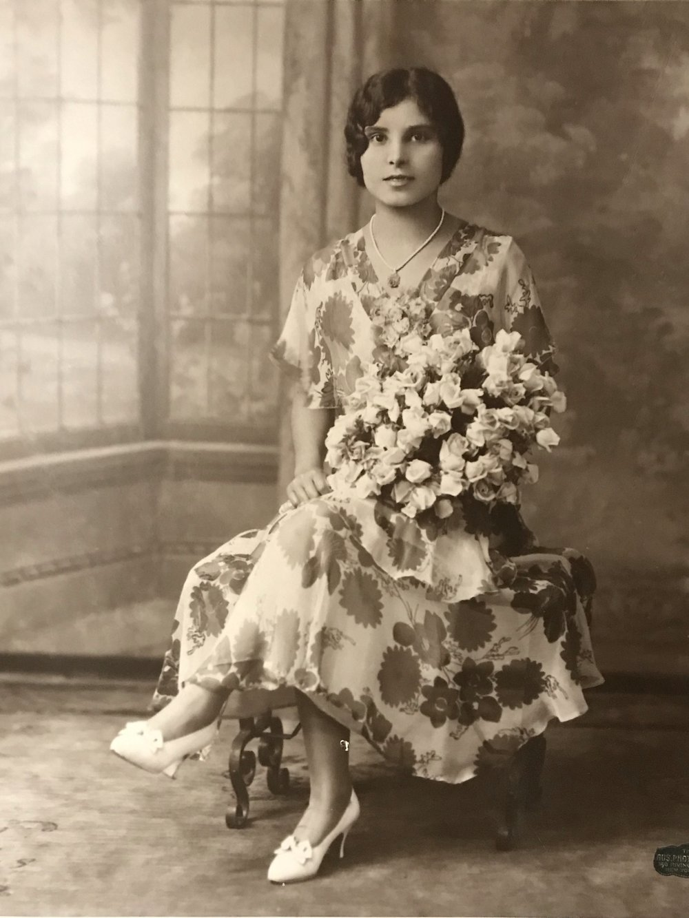 Nonna as a young girl.