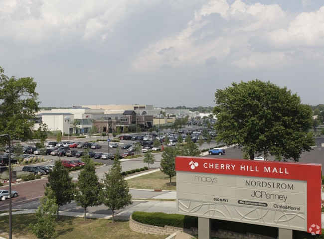 180824_Cherry Hill Mall.jpg