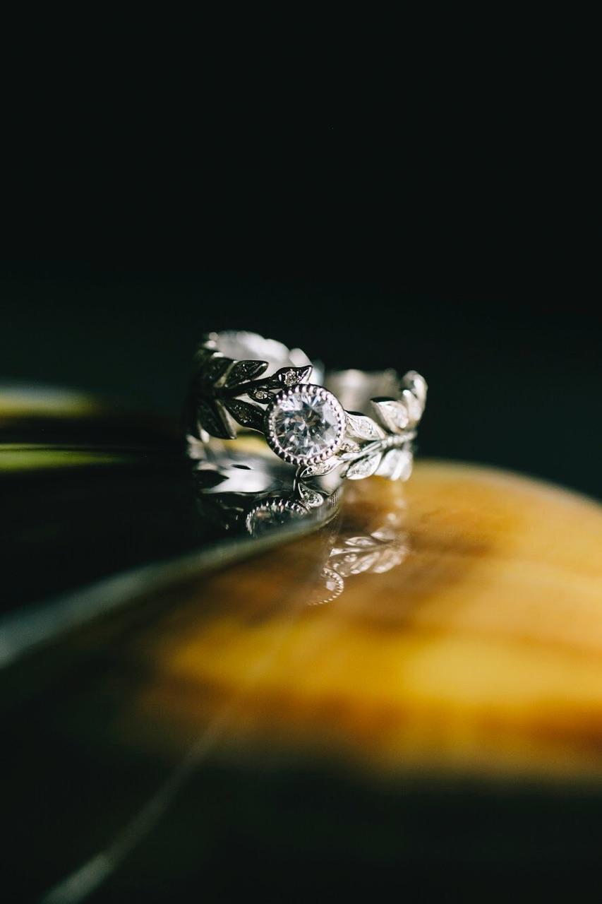 Diamond Leaf Infinity Band